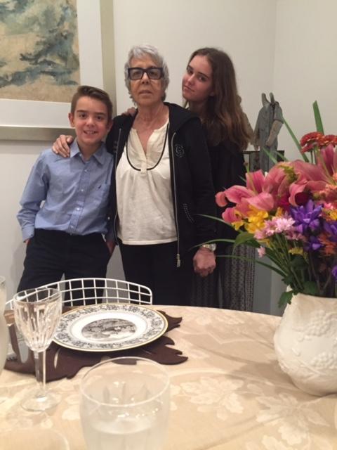 Mima, Isabel & Michael - Happy days.